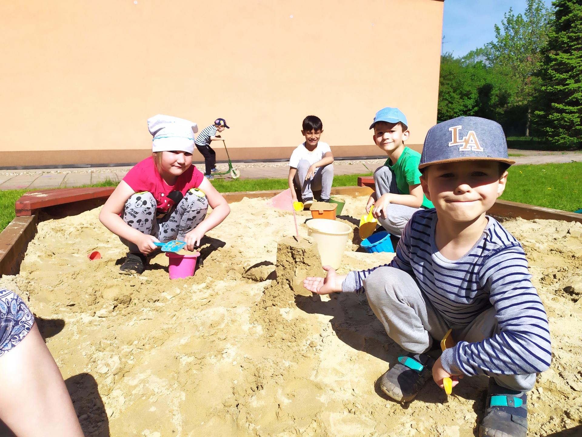tvoření v písku